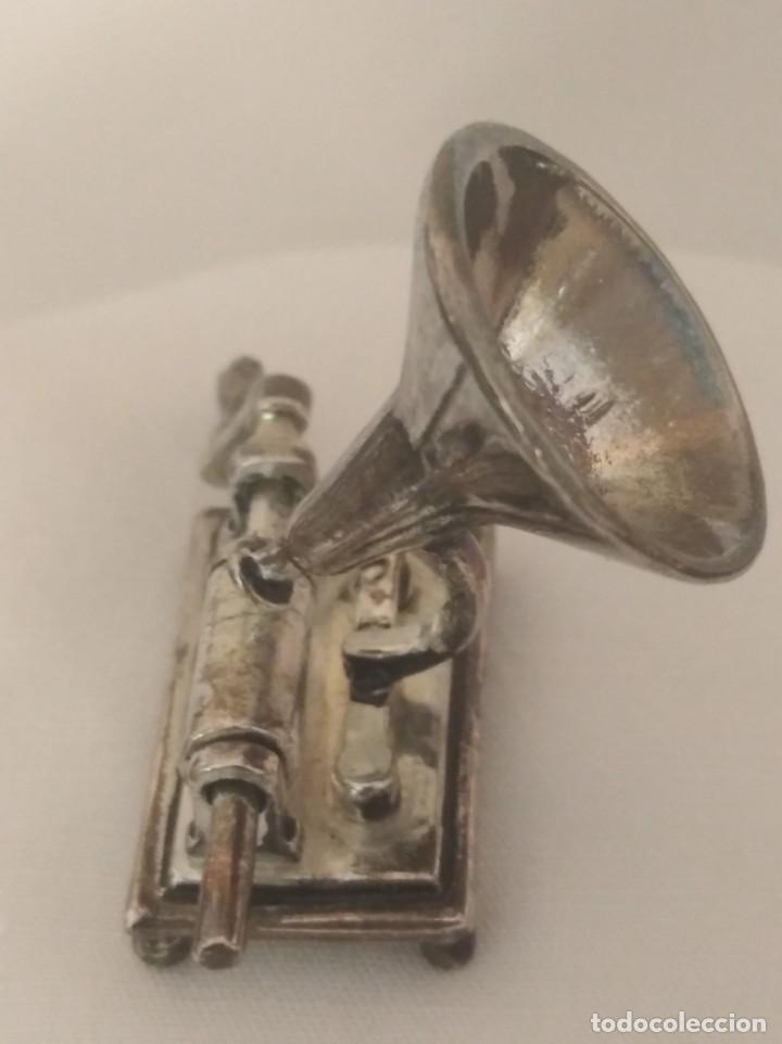 Fonógrafos y grabadoras de válvulas: FONÓGRAFO EN MINIATURA CON BAÑO DE PLATA. - Foto 2 - 269317123