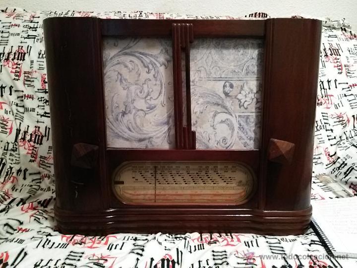 ANTIGUA RADIO DE VALVULAS IBERIA (Radios, Gramófonos, Grabadoras y Otros - Radios de Galena)