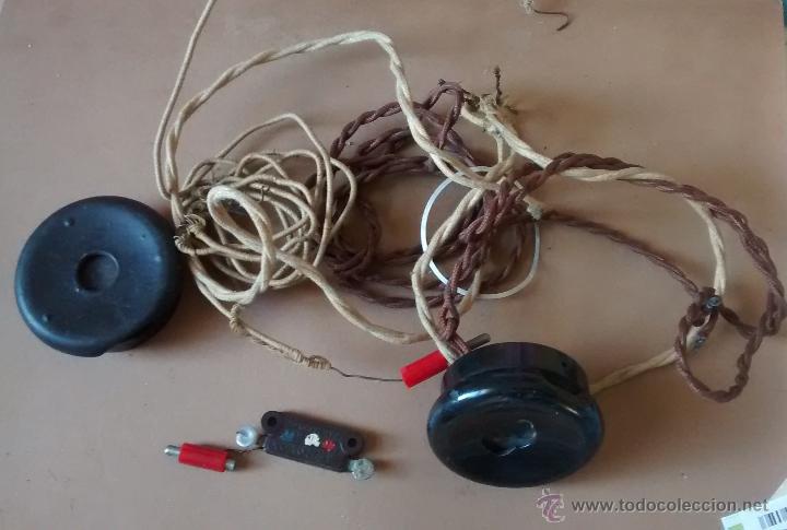 COMPLEMENTO DE RADIO DE GALENA, DOS AURICULARES BAQUELITA CABLE ORIGINAL, COMO SE VE EN LA FOTO, (Radios, Gramófonos, Grabadoras y Otros - Radios de Galena)
