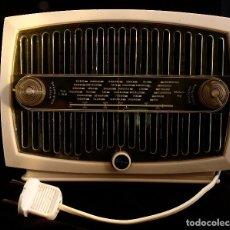 Radios de galena: ANTIGUA RADIO DE VÁLVULAS. BAQUELITA BLANCA. Lote 69072881