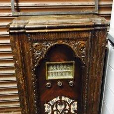 Radios de galena: EQUIPO MUSICA VINTAGE RADIO Y TOCADISCOS LOEWE. Lote 72957806
