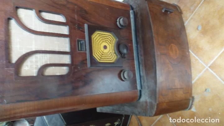 Radios de galena: radio antigua con tocadiscos - Foto 3 - 87672580