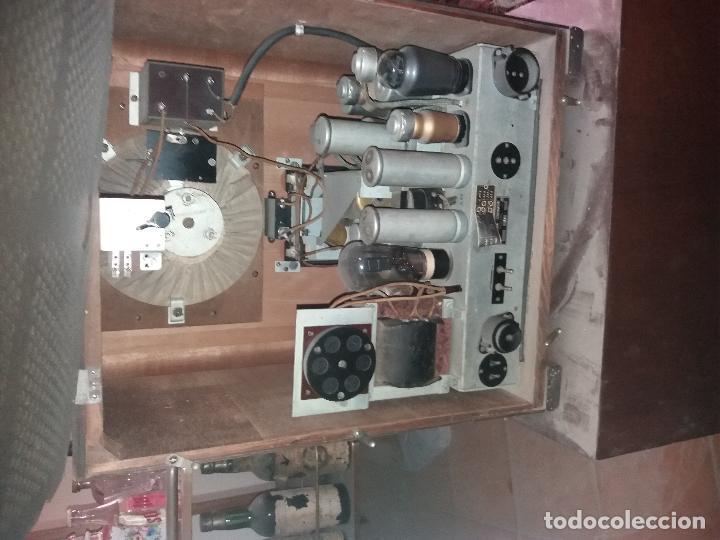 Radios de galena: radio antigua con tocadiscos - Foto 8 - 87672580
