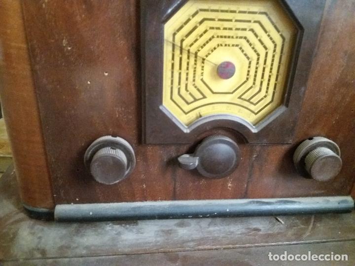 Radios de galena: radio antigua con tocadiscos - Foto 11 - 87672580
