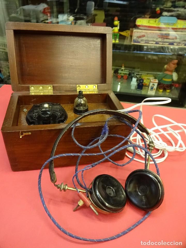 PRECIOSA RADIO DE GALENA EN CAJA DE MADERA Y CON AURICULARES. MAGNÍFICA CONSERVACIÓN (Radios, Gramófonos, Grabadoras y Otros - Radios de Galena)