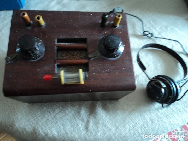 RADIO DE GALENA DE LOS AÑOS 1928/30 CON CASCOS Y GALENA (Radios, Gramófonos, Grabadoras y Otros - Radios de Galena)
