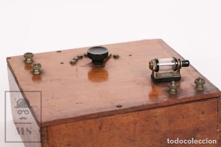 Radios de galena: Antigua Radio de Galena con Caja de Madera - Marcada Record - Años 40-50 - Foto 3 - 156475434