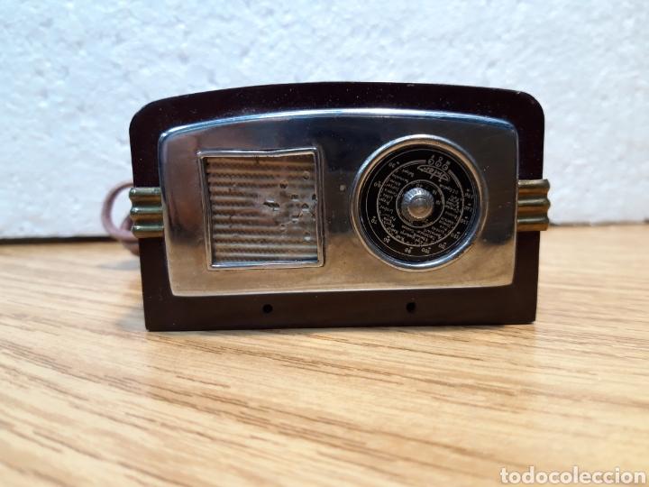 ANTIGUO ENCENDEDOR DE MESA DE BAQUELITA FORMA DE RADIO (Radios, Gramófonos, Grabadoras y Otros - Radios de Galena)
