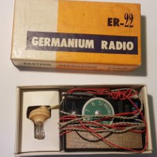 Radio a galena: RADIO GALENA DE BOLSILLO - EASTERN GERMANIUM POCKET RADIO ER-22 (MADE IN JAPAN). Lote 225000520