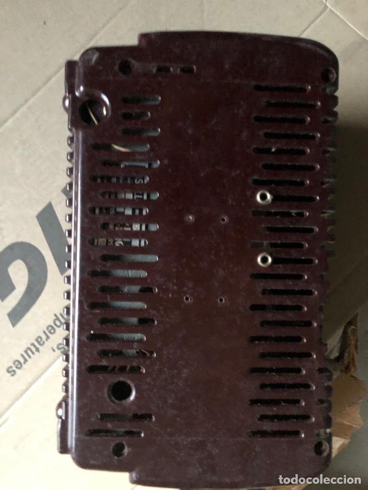 Radios de galena: Antiguo radio pequeño y a la vez pesado de valvulas - Foto 6 - 233554055