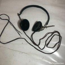 Radio a galena: ANTIGUOS AURICULARES HIERRO Y BAQUELITA - RADIO GALENA Y OTROS APARATOS. Lote 259885175