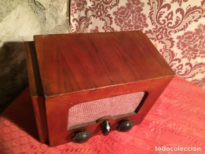 Radios de galena: Antigua pequeña radio de galena con caja de madera interruptores de Baquelita años 20-30 - Foto 3 - 260359590