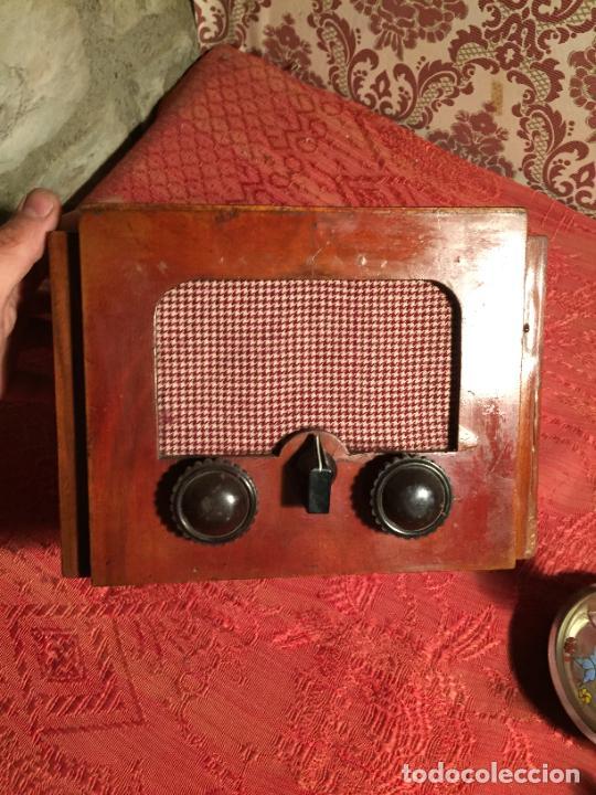 Radios de galena: Antigua pequeña radio de galena con caja de madera interruptores de Baquelita años 20-30 - Foto 4 - 260359590