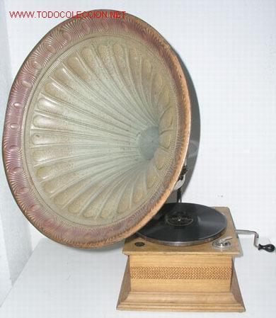 GRAMOLA DE BOCINA C1900 DE LA CASA JUMBO (Radios, Gramófonos, Grabadoras y Otros - Gramófonos y Gramolas)