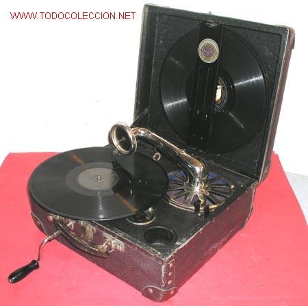 GRAMOLA DE MALETA NIRONA DE COLECCION (Radios, Gramófonos, Grabadoras y Otros - Gramófonos y Gramolas)