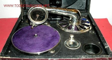 Gramófonos y gramolas: GRAMOLA DE MALETA NIRONA DE COLECCION - Foto 4 - 12508979