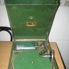 Gramófonos y gramolas: ANTIGUO TOCADISCOS PARA DISCOS DE PIZARRA - VER FOTOS - FUNCIONA - LA VOZ DE SU AMO. Lote 18443166