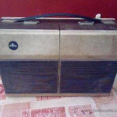 Gramófonos y gramolas: MALETA - TOCADISCOS.............AÑOS 50...........PRECIOSA. Lote 21712623