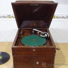 Gramófonos y gramolas: ANTIGUO GRAMOFONO LA VOZ DE SU AMO,FUNCIONANDO. Lote 26386719