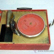 Gramófonos y gramolas: GRAMÓFONO INFANTIL JUGUETE ORPHÉE AÑOS 40. Lote 23664450