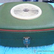 Gramófonos y gramolas: MALETA GRAMOLA/GRAMOFONO-RADIO AUDAX.. Lote 27513814