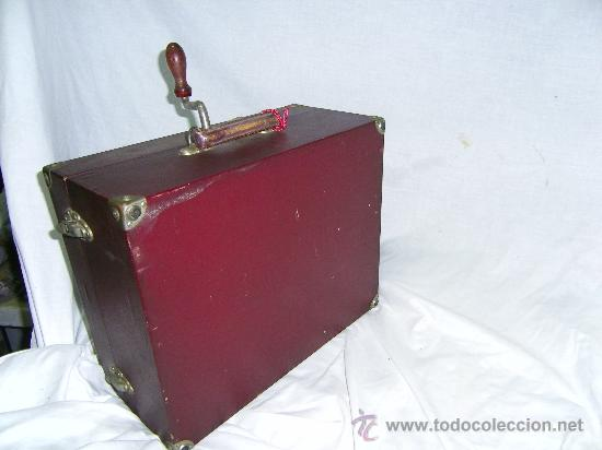 Gramófonos y gramolas: GRAMOFONO MALETIN -PORTATIL- - Foto 2 - 28354108