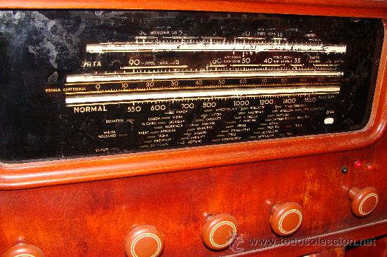 Gramófonos y gramolas: ANTIGUA Y PRECIOSA RADIO - GRAMOLA RESTAURADA PARCIALMENTE - Foto 4 - 30397337