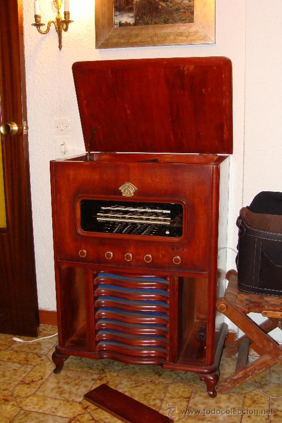 Gramófonos y gramolas: ANTIGUA Y PRECIOSA RADIO - GRAMOLA RESTAURADA PARCIALMENTE - Foto 6 - 30397337