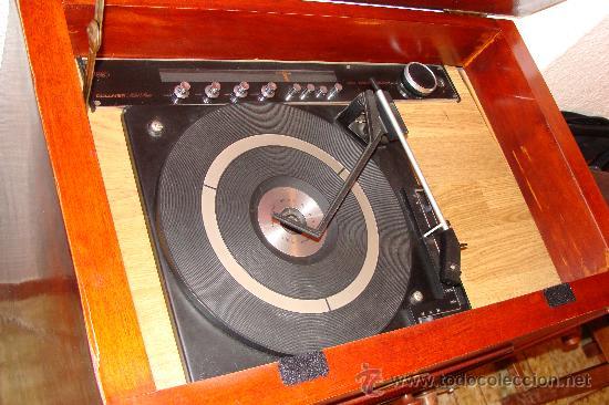 Gramófonos y gramolas: ANTIGUA Y PRECIOSA RADIO - GRAMOLA RESTAURADA PARCIALMENTE - Foto 9 - 30397337