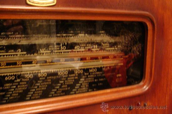 Gramófonos y gramolas: ANTIGUA Y PRECIOSA RADIO - GRAMOLA RESTAURADA PARCIALMENTE - Foto 13 - 30397337