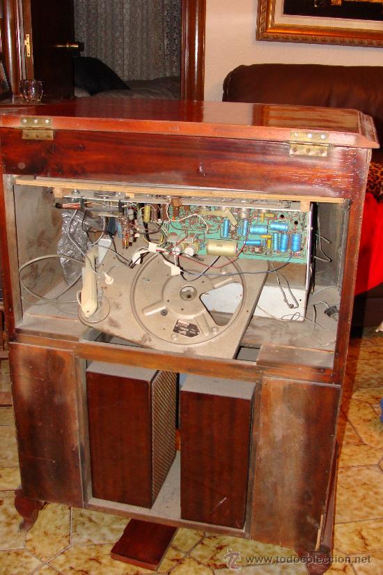 Gramófonos y gramolas: ANTIGUA Y PRECIOSA RADIO - GRAMOLA RESTAURADA PARCIALMENTE - Foto 15 - 30397337