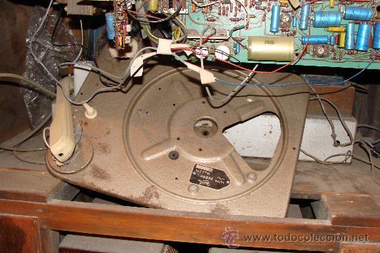 Gramófonos y gramolas: ANTIGUA Y PRECIOSA RADIO - GRAMOLA RESTAURADA PARCIALMENTE - Foto 16 - 30397337