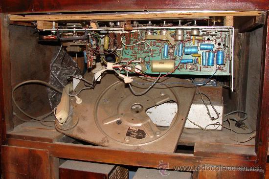 Gramófonos y gramolas: ANTIGUA Y PRECIOSA RADIO - GRAMOLA RESTAURADA PARCIALMENTE - Foto 17 - 30397337