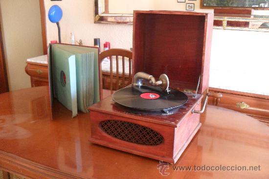 Gramófonos y gramolas: bonito gramofono Pathe con album de discos,la Voz de su amo - Foto 4 - 30806480