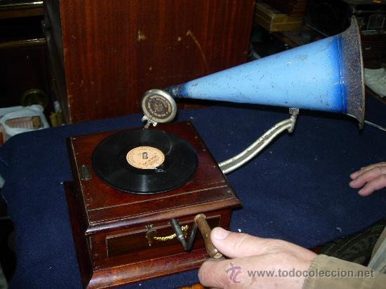 GRAMOFONO CASA ERVITI (Radios, Gramófonos, Grabadoras y Otros - Gramófonos y Gramolas)