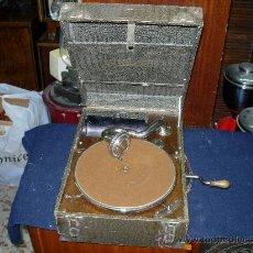 Gramófonos y gramolas: GRAMOLA SUPREMO FUNCIONANDO. Lote 31353496
