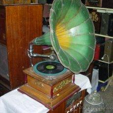 Gramófonos y gramolas: GRAMOFONO . Lote 27192730
