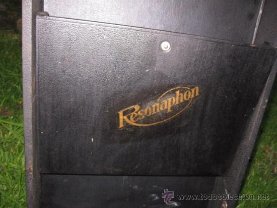 Gramófonos y gramolas: ANTIGUO GRAMOFONO DE MALETIN MARCA RESONAPHON - MAL CABEZA Y NO RETIENE LA TENSION DE LA CUERDA - Foto 3 - 33680028