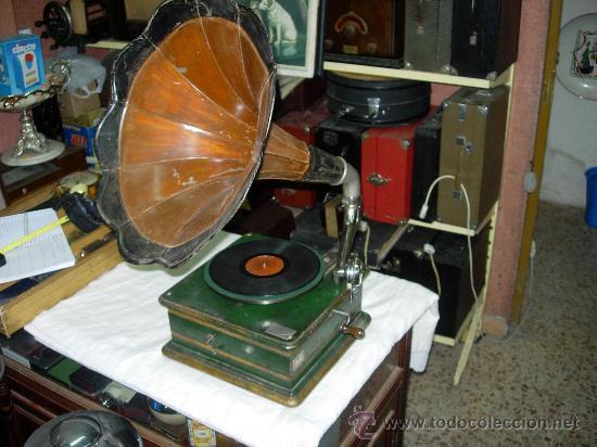 GRAMOFONO LA MAQUINA PARLANTE (Radios, Gramófonos, Grabadoras y Otros - Gramófonos y Gramolas)