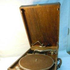 Gramófonos y gramolas: ANTIGUA GRAMOLA EN CAJA DE MADERA. Lote 36292210