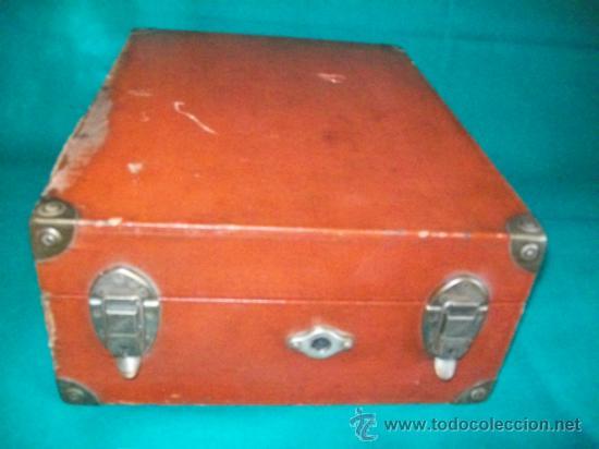 Gramófonos y gramolas: ANTIGUA GRAMOLA MALETA - PERFECTO FUNCIONAMIENTO - AEOLIAN - MADRID - 1920 - GRAMÓFONO TOCADISCOS - Foto 9 - 36384612