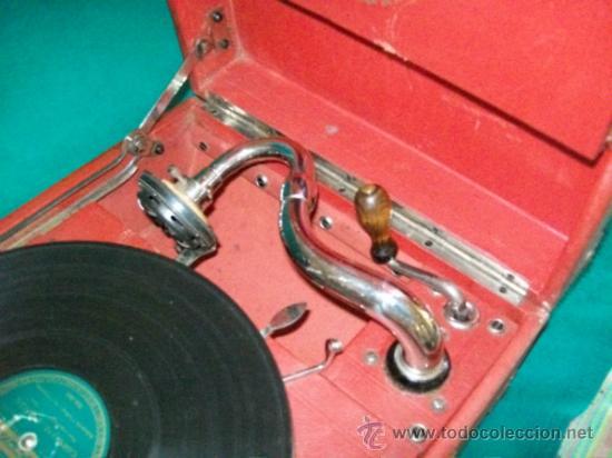 Gramófonos y gramolas: ANTIGUA GRAMOLA MALETA - PERFECTO FUNCIONAMIENTO - AEOLIAN - MADRID - 1920 - GRAMÓFONO TOCADISCOS - Foto 7 - 36384612