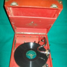 Gramófonos y gramolas: GRAMOLA DE MALETA - ANTIGUA - PERFECTO FUNCIONAMIENTO - AEOLIAN - MADRID - AÑO 1920. Lote 36384612