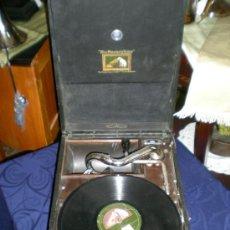 Gramófonos y gramolas: ESTUPENDA GRAMOLA CON ALBUM DE DISCOS. Lote 36403004
