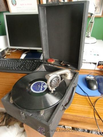 GRAMOFONO ANTIGUO MUY BIEN CONSERVADO (Radios, Gramófonos, Grabadoras y Otros - Gramófonos y Gramolas)