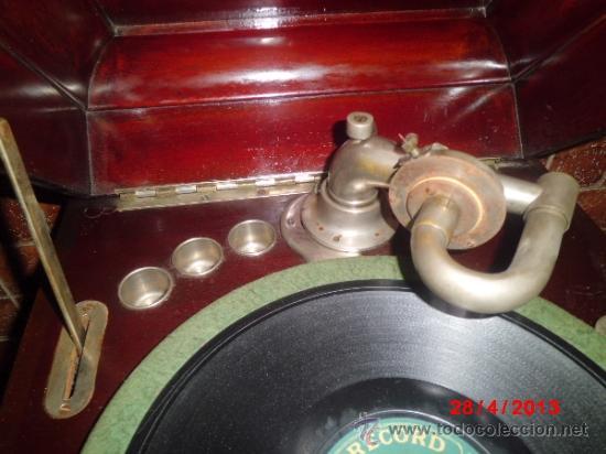Gramófonos y gramolas: GRAMOFONO DE MUEGLE DE SOBREMESA EN MADERA DE ROBLE, FUNCIONANDO - Foto 5 - 36964432