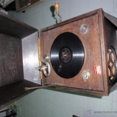 Gramófonos y gramolas: ANTIGUA GRAMOLA FRIND PIRNA. Lote 40000802