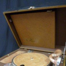 Gramófonos y gramolas: GRAMOFONO PHONOLA 884 DE WATERS CONLEY CO. (1941/1942). Lote 42975065