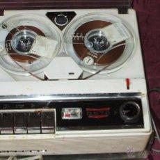 Gramófonos y gramolas: MAGNETOFON PRECIOSO FUNCIONANDO GELOSO G570 ITALIANO CON MICROFONO 1968. Lote 43431327