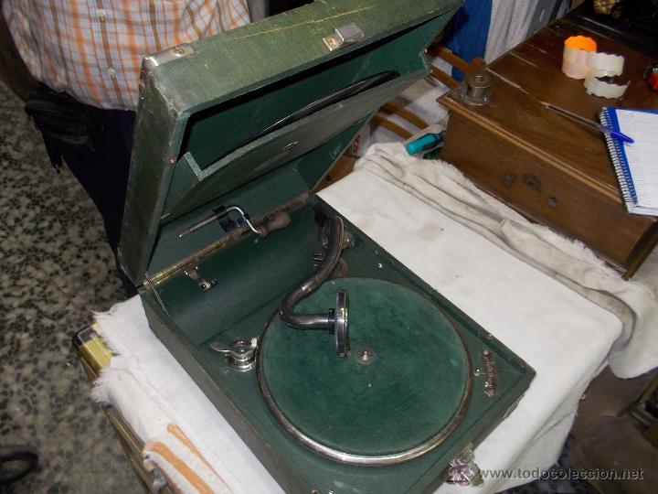 Gramófonos y gramolas: Gramola Telefunken funcionando - Foto 14 - 44178979